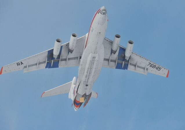 Avião russo Il-76