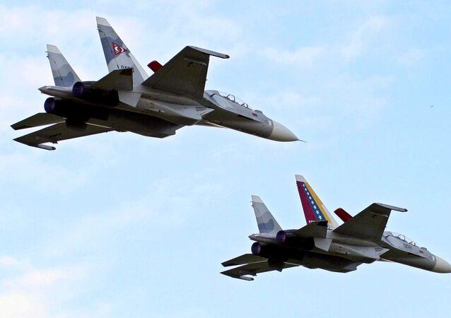 Jatos Sukhoi Su-30 da Força Aérea venezuelana.