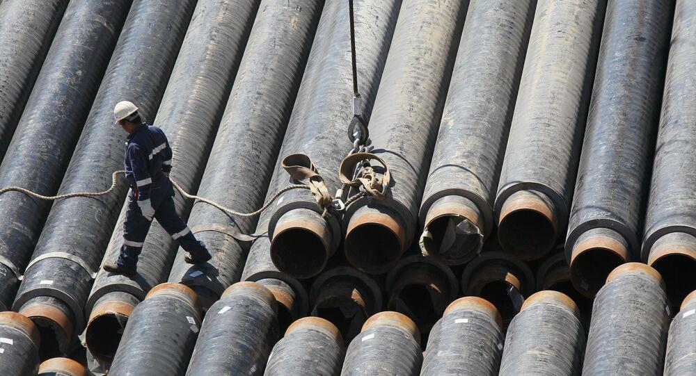 Construção de gasoduto.