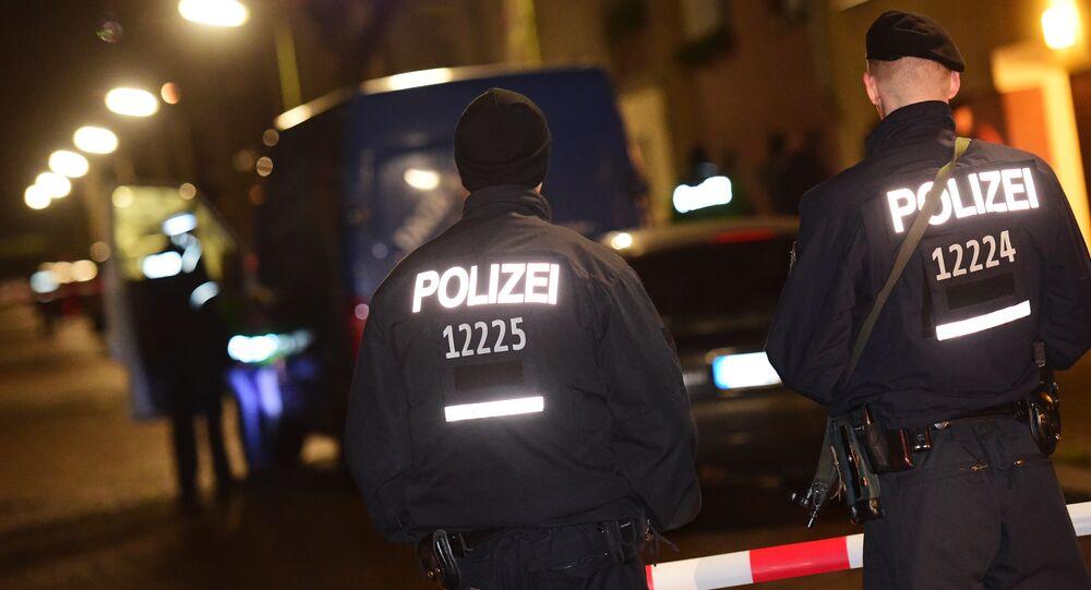 Policiais alemães fazem blitz em Berlim (imagem referencial)