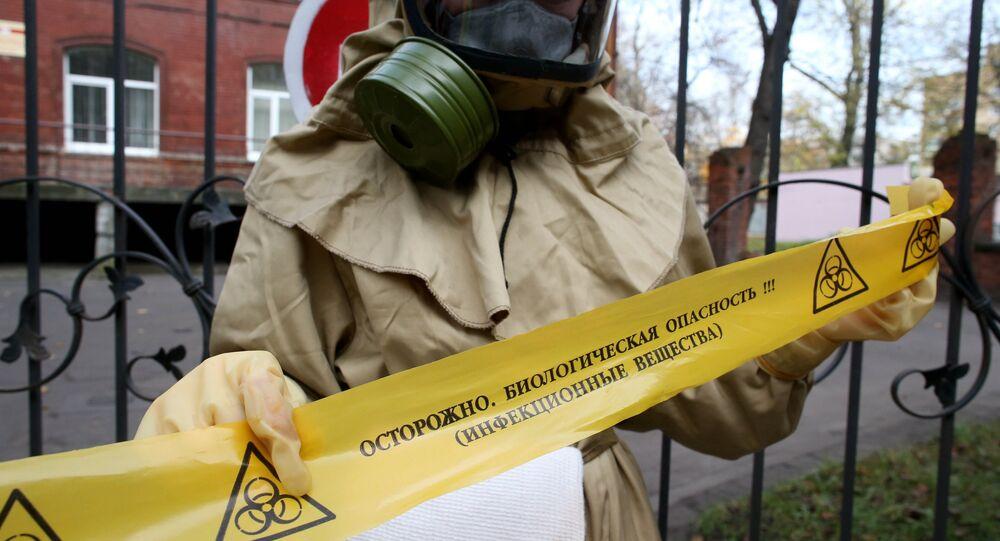 Pessoal médico de Kaliningrado treina ações contra ebola
