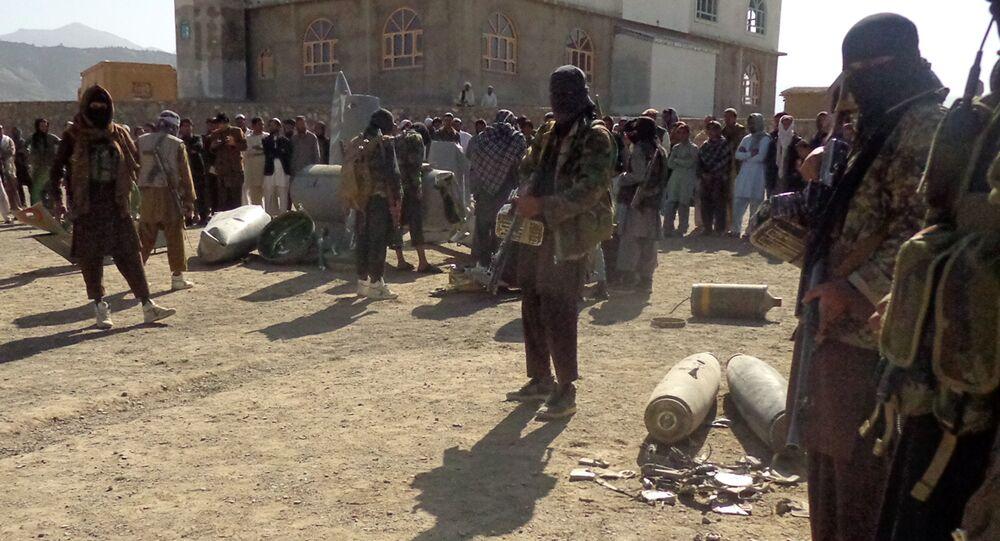 Militantes do Talibã no Afeganistão (arquivo de 13 de outubro de 2015)