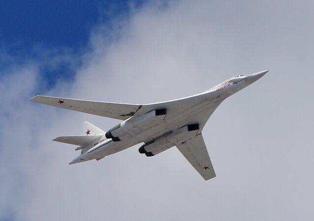 Um bombardeiro estratégico Tu-160 da Força Aeroespacial russa