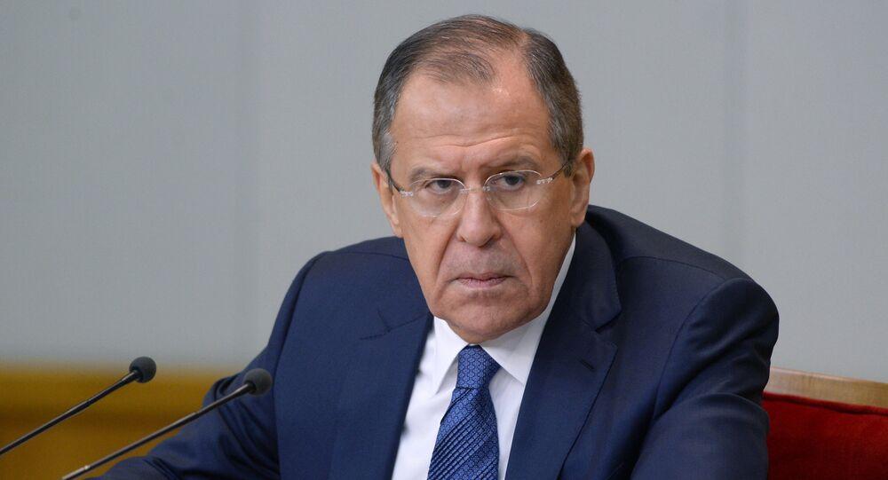Ministro das Relações Exteriores da Rússia, Sergei Lavrov, durante a entrevista coletiva em Moscou, 26 de janeiro de 2016