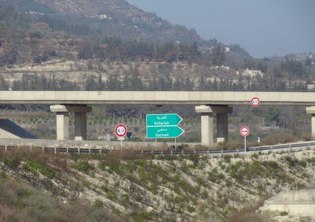 Rodovia que conecta Latakia e Aleppo, na parte ocidental da Síria