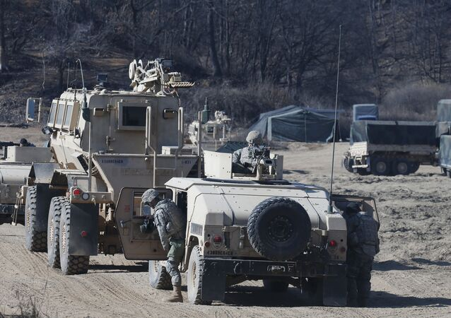 Soldados norte-americanos na cidade fronteiriço de Paju, Coreia do Sul, 7 de fevereiro de 2016