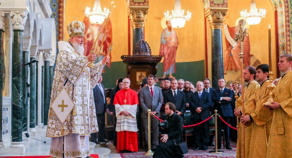 Patriarca Kirill celebra a Santa Missa na Catedral Metropolitana Ortodoxa