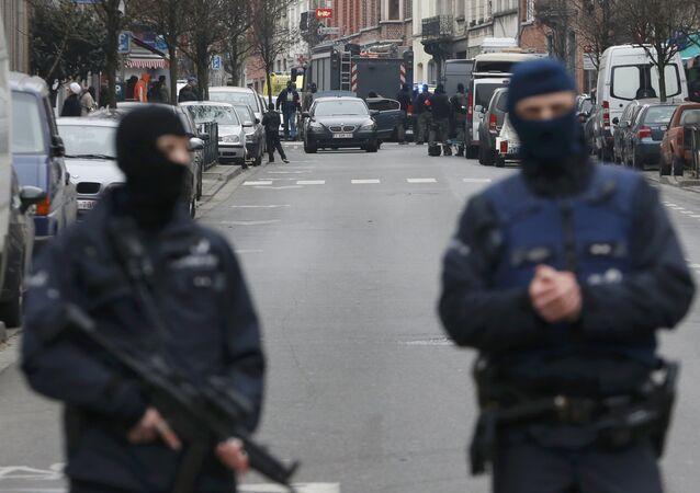 Operação especial em Molenbeek, nos arredores de Bruxelas