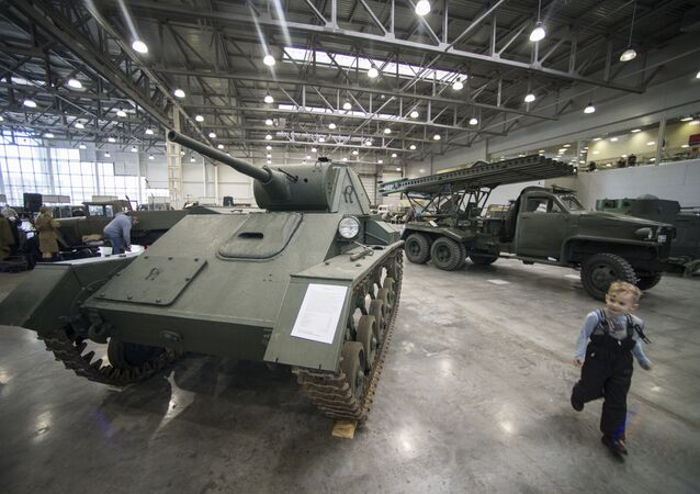 Motores da Guerra: Coleção Exclusiva de Veículos da Segunda Guerra Mundial em Moscou