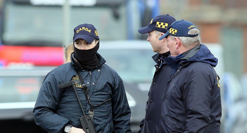 Agentes de segurança da Irlanda