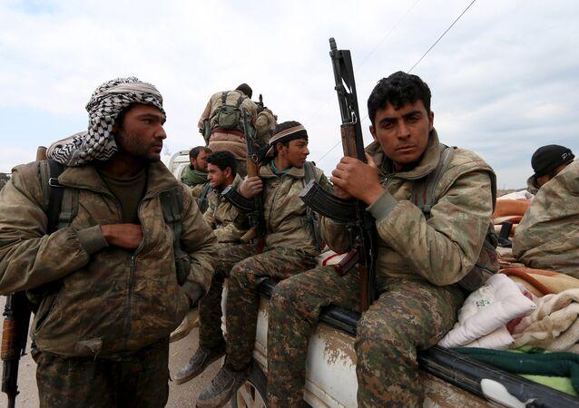 Soldados das Unidades de Proteção Popular (YPG)