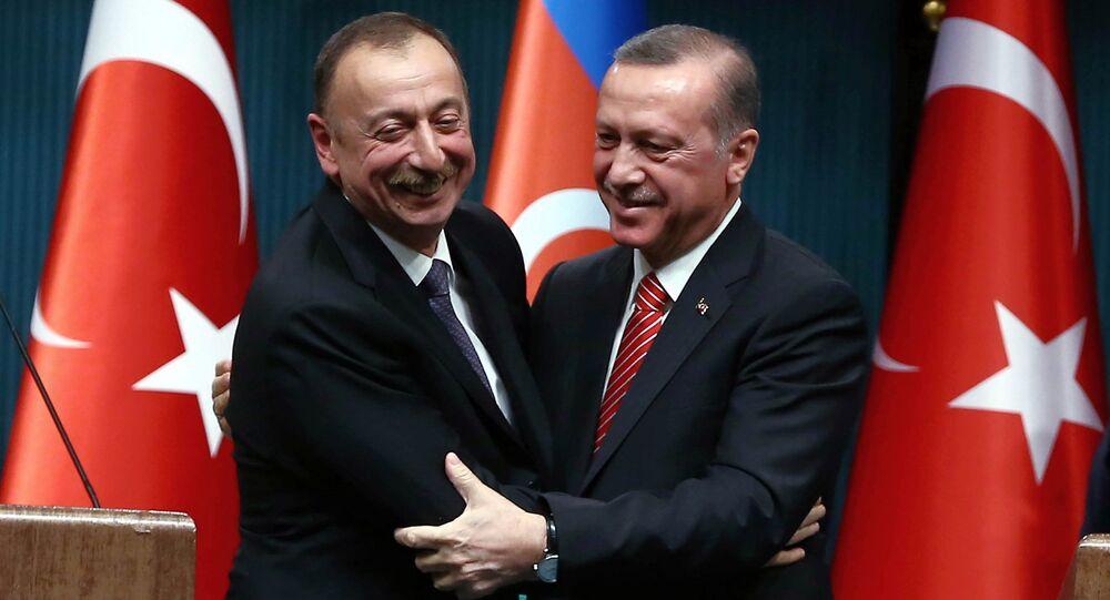 Ancara aproveita o conflito em Nagorno-Karabakh para defender os seus interesses geopolíticos
