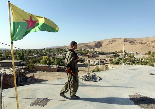 Militante do PKK no norte do Iraque
