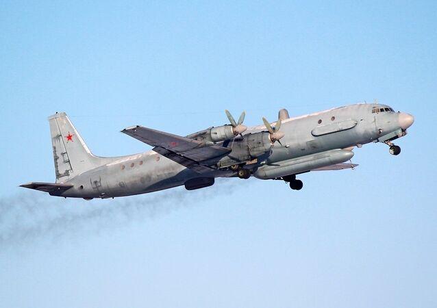 avião Ilyushin Il-20 da Força Aérea russa