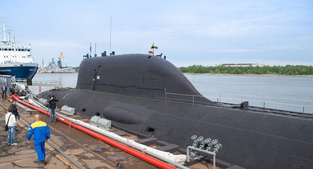 Submarino Yassen K-560 em Severodvinsk