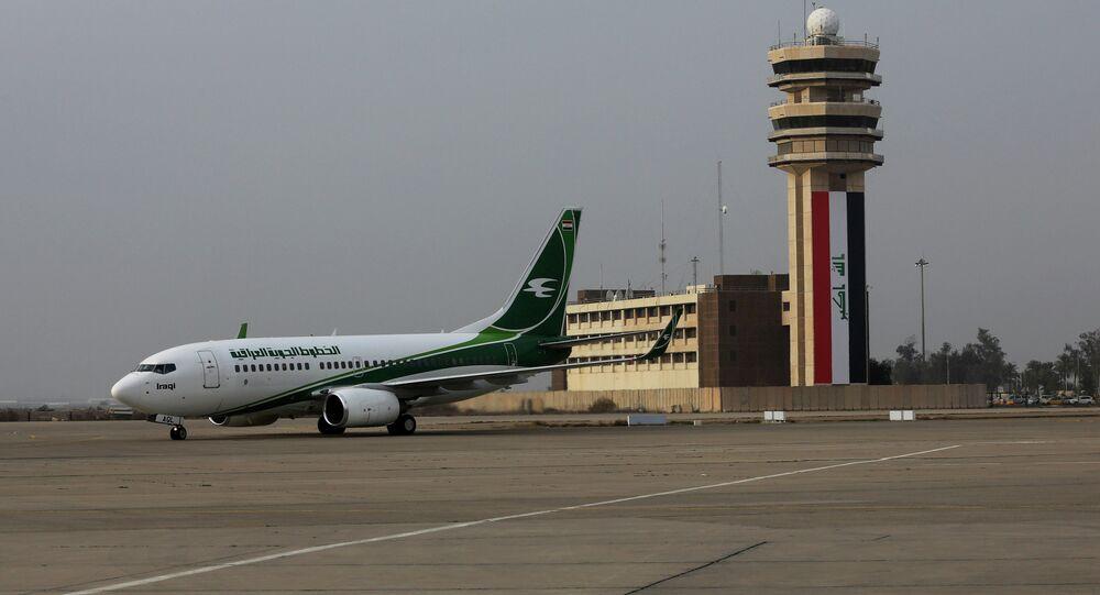 Avião da Iraqi Airways no aeroporto de Bagdá, Iraque (foto de arquivo)
