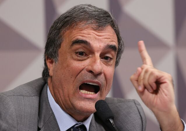 José Eduardo Cardozo na Comissão de Impeachment para debater o relatório apresentado pelo Senador Antonio Anastasia