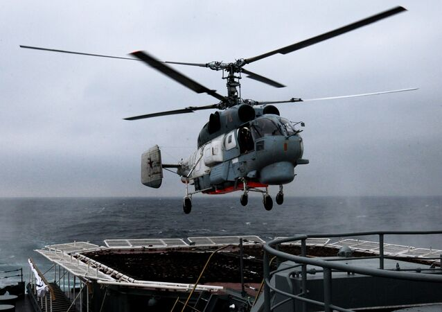 O helicóptero antisubmarino Ka-27 Helix
