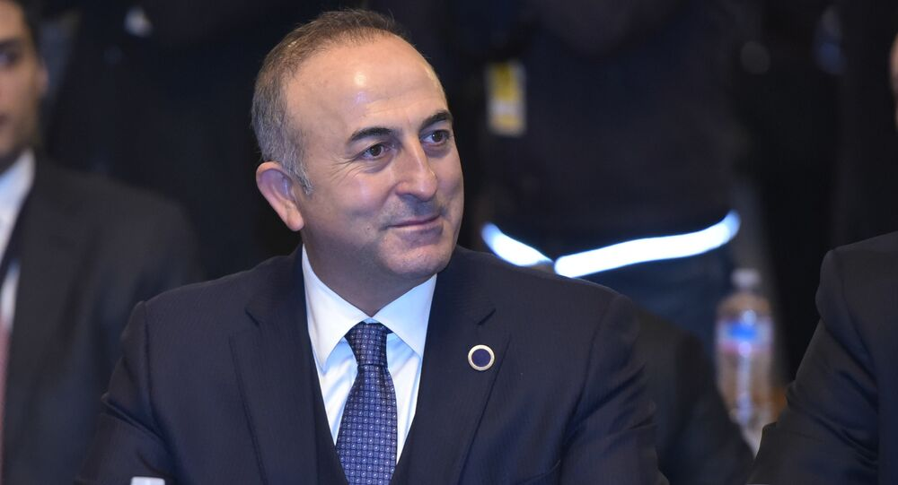 O Ministro das Relações Exteriores turco Mevlut Cavusoglu