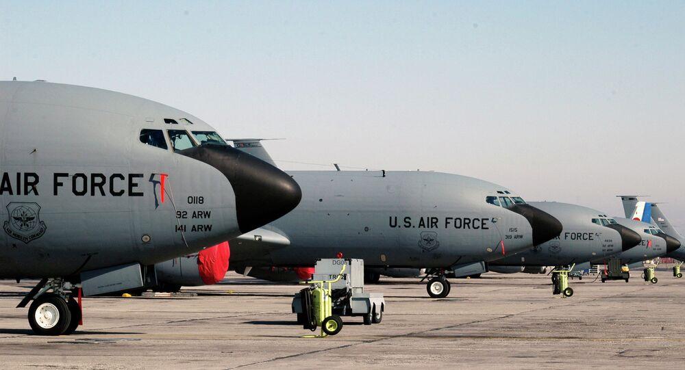 Aviões da Força Aérea dos EUA estacionados