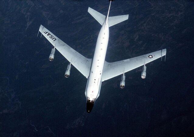 Avião de reconhecimento da Força Aérea dos EUA RC-135 (foto de arquivo)