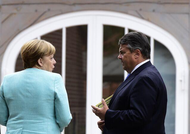 A chanceler Angela Merkel vice-chanceler da Alemanha, Sigmar Gabriel