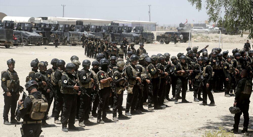 Tropas de elite da divisão de contraterrorismo do Iraque se preparam para retomar Fallujah das mãos do Daesh (29 de maio de 2016)