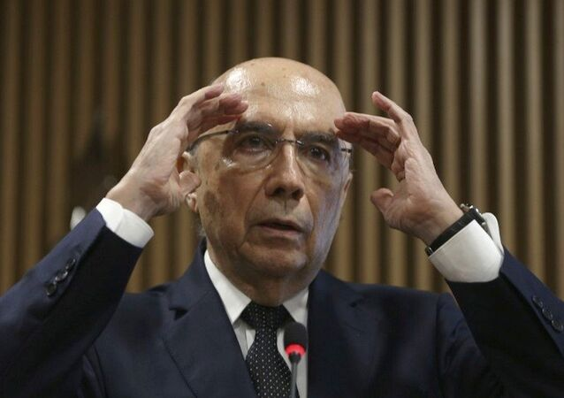 Meirelles diz que medidas de governo interino de Temer já mostram conquistas na economia