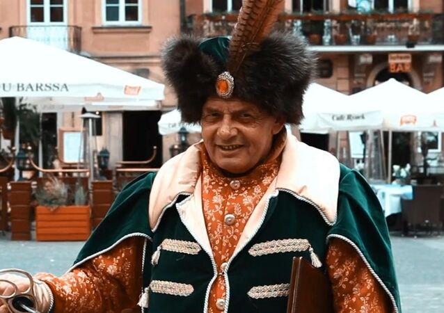 Uma imagem do filme I Saw You, Poland, produzido por Madrecita Filmes
