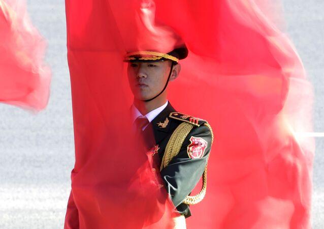 Militar chinês em Pequim