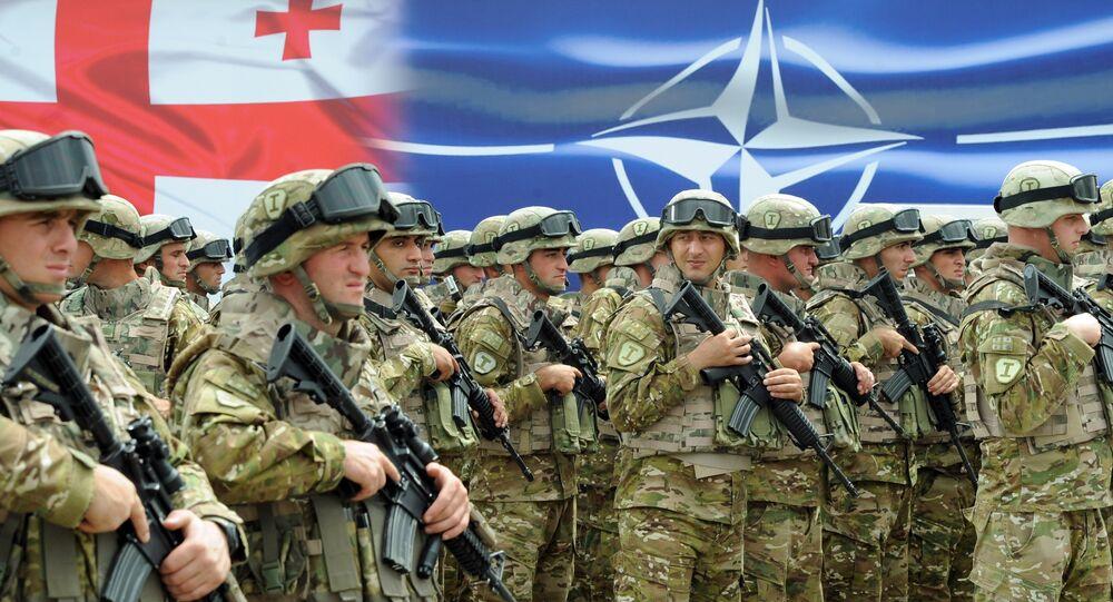 Soldados georgianos durante a cerimônia de inauguração do centro conjunto Geórgia-OTAN de treinamento e evaluação na base militar de treinamento Krtsanisi. 27 de agosto, 2015