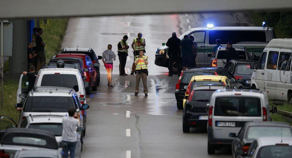 Polícia fecha o tráfego após atentado em Munique