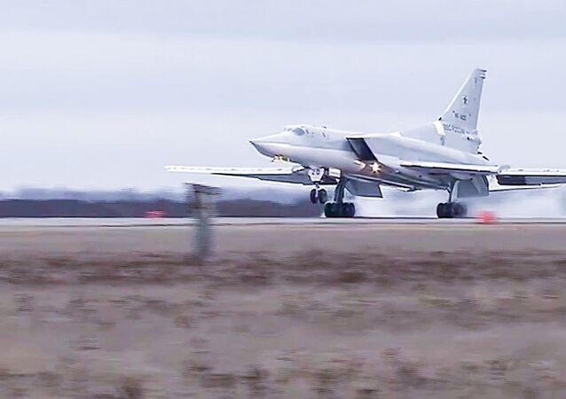 O bombardeiro estratégico russo Tu-22M3