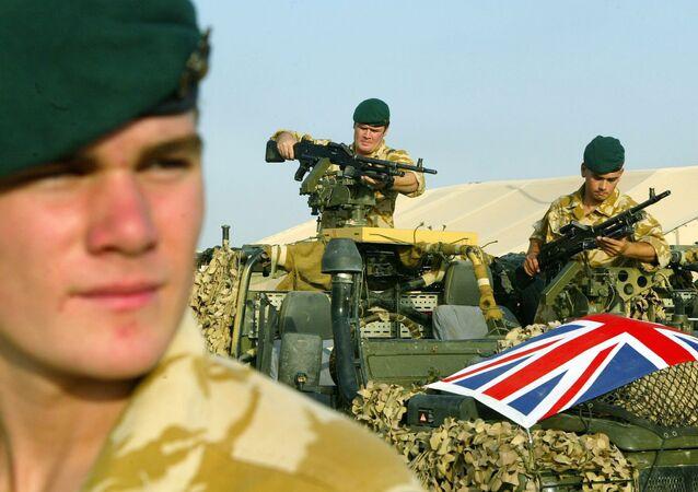Soldados do Exército do Reino Unido no Iraque, fornecendo apoio às forças locais (imagem de arquivo)