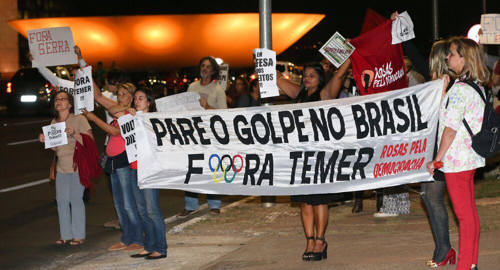 Manifestação na Praça dos Três Poderes em Brasília