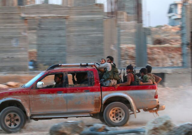 Militantes da Frente al-Nusra em Aleppo, 5 de agosto de 2016