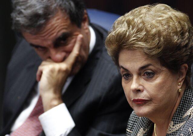 Dilma Rousseff e advogado-geral da União, José Eduardo Cardozo