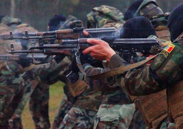Forças especiais da Moldávia durante exercícios militares
