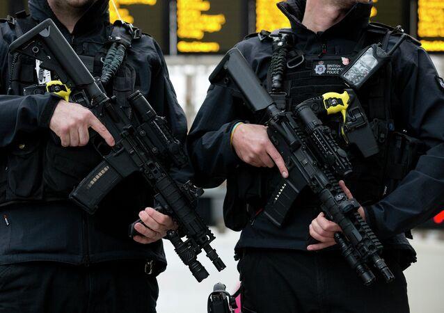 Governo britânico aprovou a substituição do Taser X26 pelo Taser X2