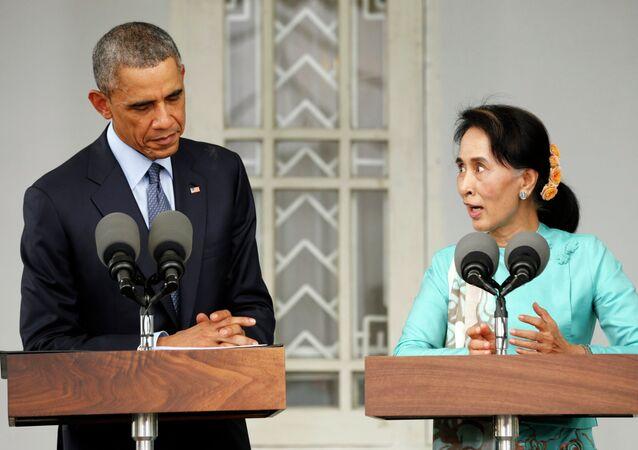 Barack Obama e Aung San Suu Kyi (foto de arquivo)