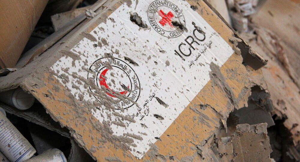 Ajuda humanitária danificada por ataque ao comboio da Cruz Vermelha e Crescente Vermelho em Aleppo, Síria