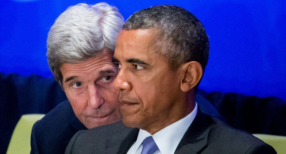 Chanceler John Kerry fala com presidente dos EUA Barack Obama