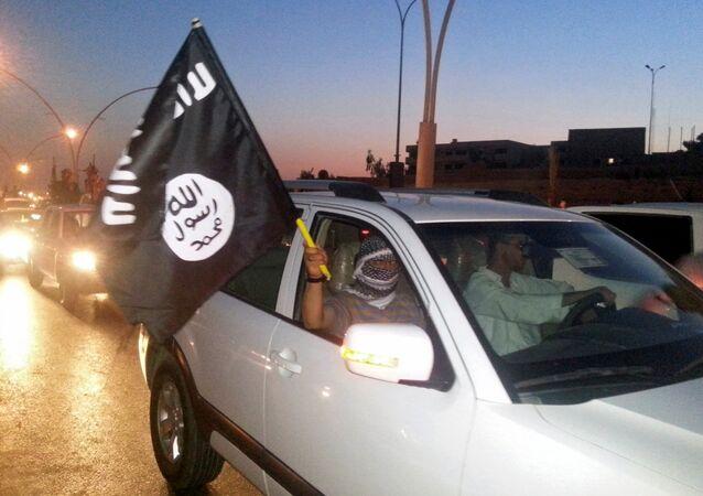 Militantes do Daesh em Mossul, Iraque (junho de 2014)