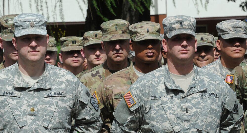 Soldados norte-americanos que participam dos exercícios militares Anaconda-16, Varsóvia, Polônia, junho de 2016