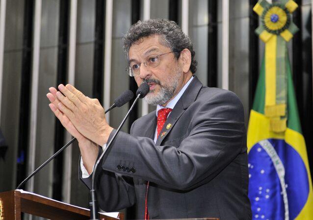 Deputado Paulo Rocha, do PT/PR