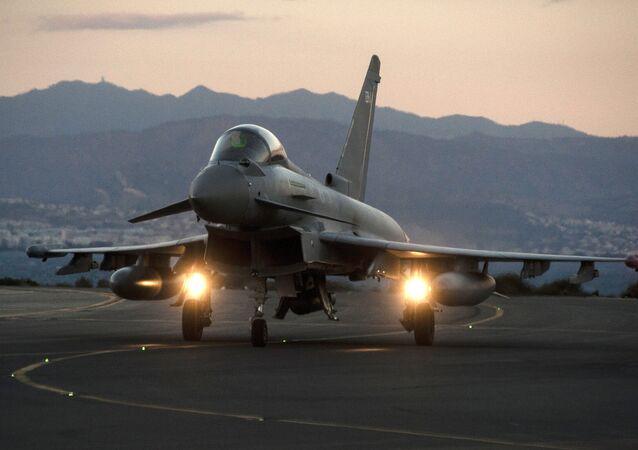 Caça Eurofighter Typhoon da Força Aérea Real do Reino Unido