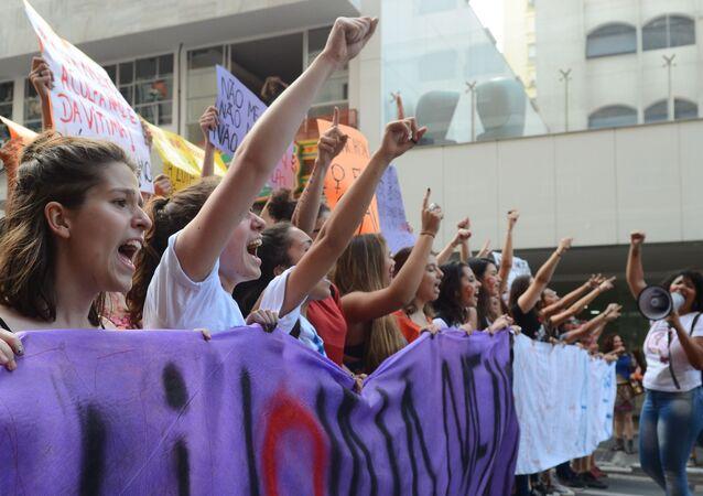 Mulheres protestam em SP contra o aumento dos casos de violência