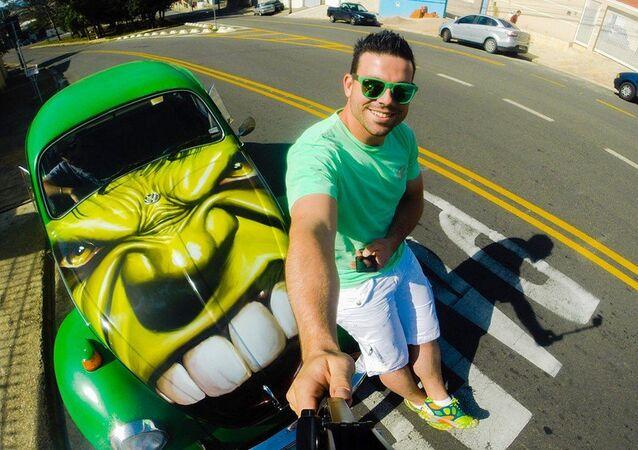 Diego e o Fusca Hulk pelas ruas de Campinas