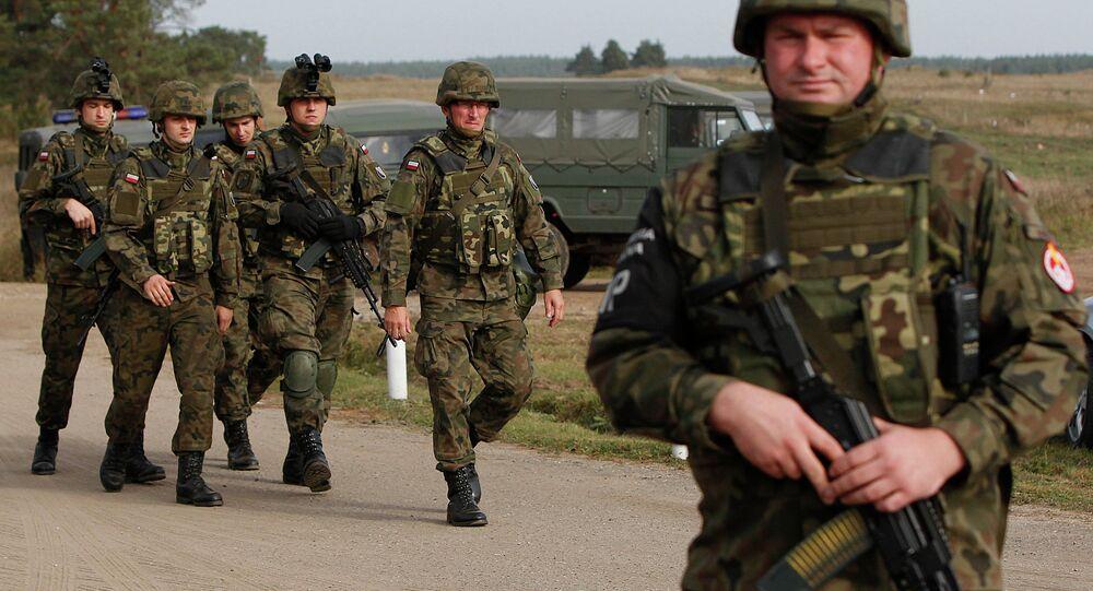Tropas polonesas durante exercícios militares no nordeste da Polônia (foto de arquivo)