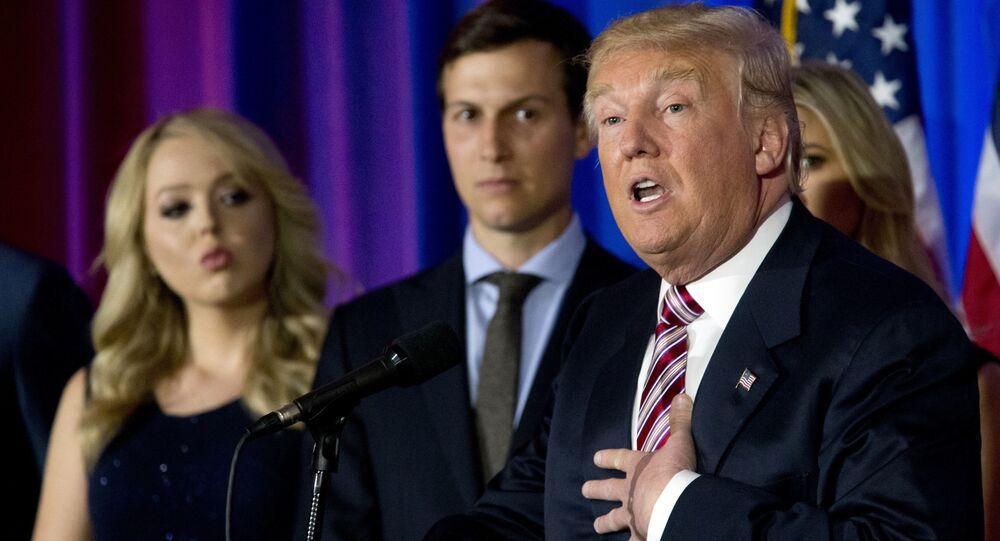 Presidente dos EUA, Donald Trump, ao lado do seu genro, Jared Kushner (foto de arquivo)
